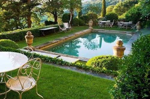 Alcuni esempi di piscine da giardino